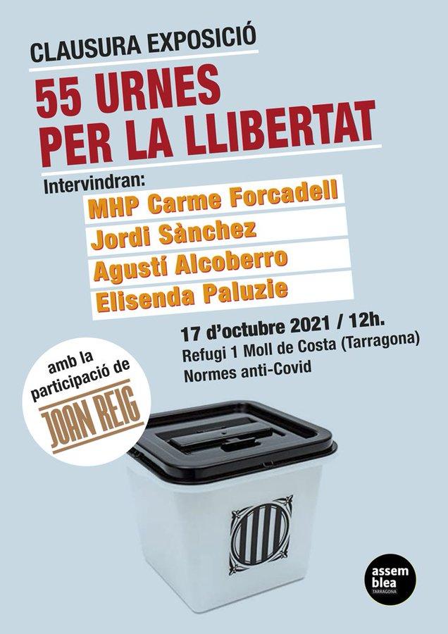 """Clausura de l'exposició """"55 urnes per la llibertat"""". Amb Elisenda Paluzie, Jordi Sànchez, Carme Forcadell i Agustí Alcoberro"""